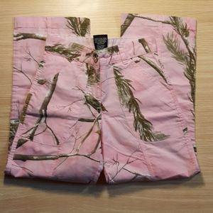 Realtree Girls pink poly/cotton blend pants size 6